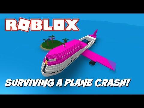 SURVIVING A PLANE CRASH! | Roblox