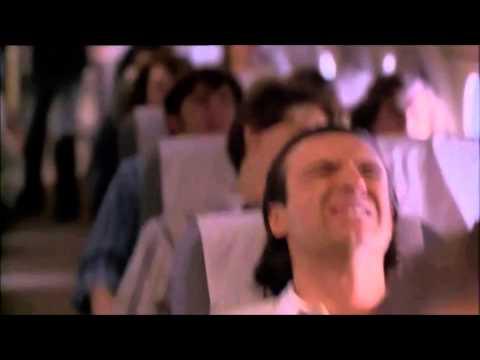 Alive (1993) – Plane Crash Scene