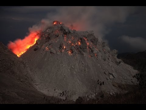 Paluweh (Rokatenda) Volcanoes Lava Dome Erupting at Night (Timelapse Animation)