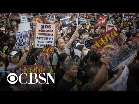 Hong Kong leader pulls extradition bill that sparked massive protests