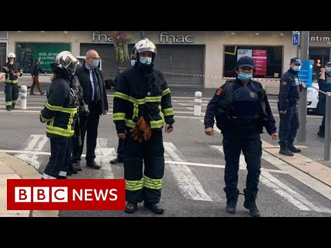 Nice attack: Mayor says deadly stabbing points to terrorism – BBC News